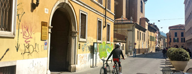 Raggiungere lo studio legale Lucchesi a piedi da Brescia